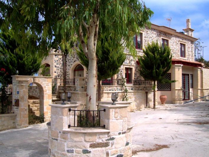 Деревенский дом в остров Пиргос