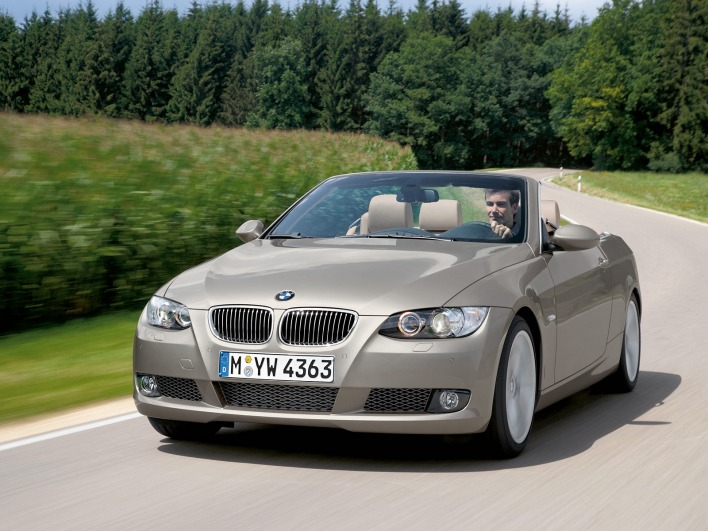 Bmw 3 series convertible front angle road