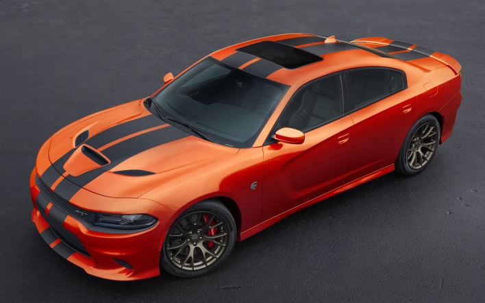 Dodge Charger авто
