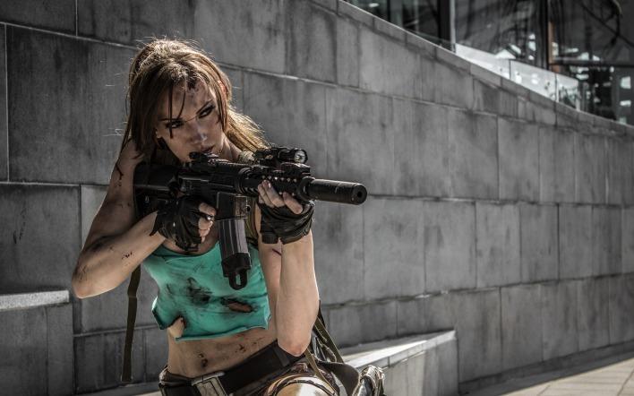 обои на рабочий стол девушки с оружием № 384352 без смс