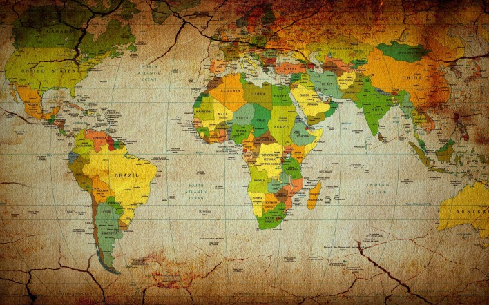 Политическая карта мира в трещинах