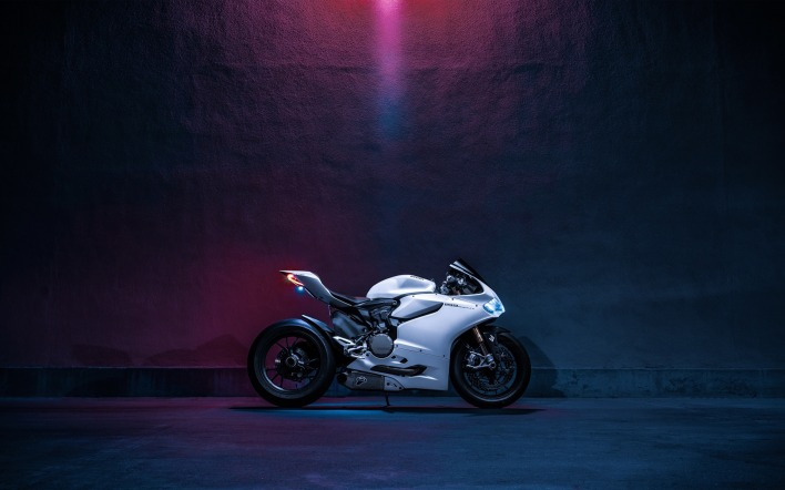 ducati panigale белый мотоцикл white motorcycle