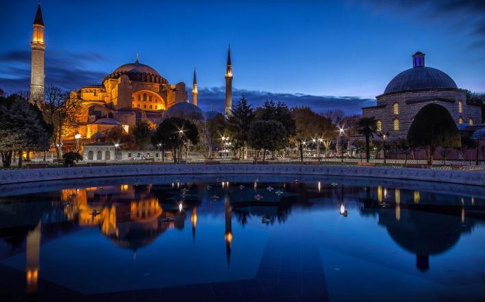 В Греции призвали ввести санкции против Турции из-за превращения Айя-Софии в мечеть
