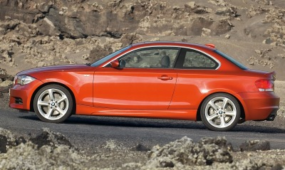 Bmw 135i coupe side red