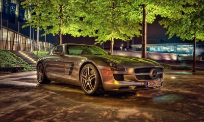 Mercedes SLS HDR стоянка деревья