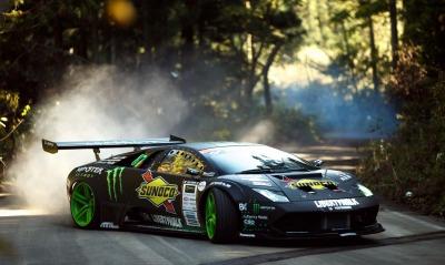 Lamborghini Murcielago лес дорога занос