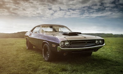 Dodge Challenger ретро небо лужайка равнина