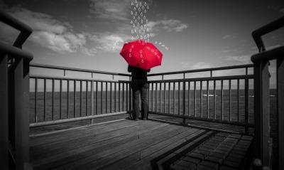 мужчина порт зонтичек дождь