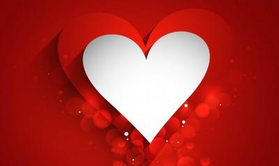 сердце белое красное