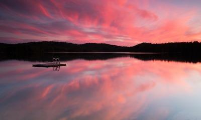 природа озеро отражение небо облака