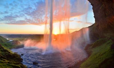 красивый водопад небо закат