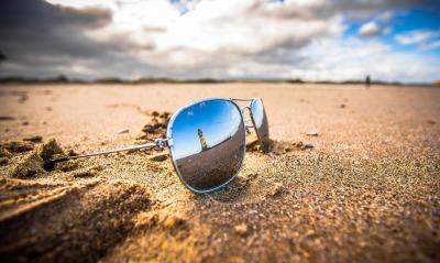 очки пляж песок
